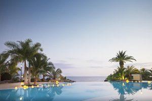 Adrián Hoteles Roca Nivaria pool