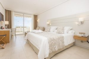 Be Live Experience Playa La Arena hotel room