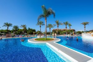 Chatur Playa Real all inclusive hotel in the south of tenerife swimming pool