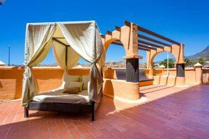 Coral Los Alisios hotel sun bed all inclusive hotel in Los Cristianos