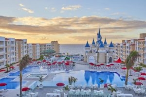 Fantasia Bahia Principe Tenerife south all inclusive hotel