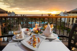 GF Gran Costa Adeje romantic dinner in a hotel in tenerife