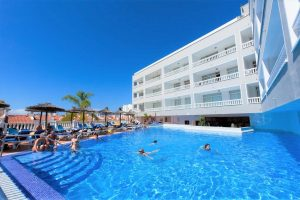 all inclusive Hotel Blue Sea Lagos de Cesar in puerto de santiago