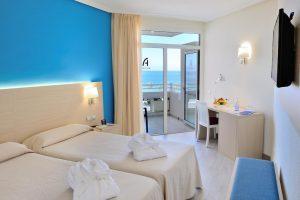 Hotel Troya room