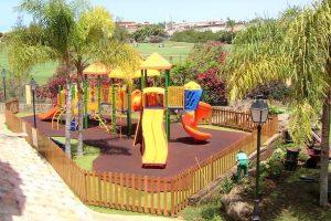 Hotel Villa Mandi Golf Resort playground
