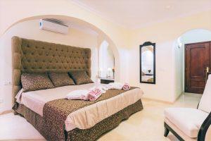 Muthu Royal Park Albatros hotel room