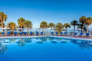 Sol Tenerife hotel swimming pool all inclusive hotel in Playa de las Americas