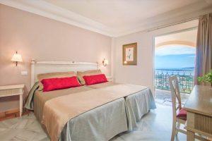 Hotel Las Aguilas room